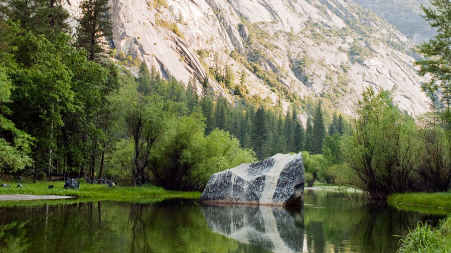 Mirror Lake, one of the best hikes in Yosemite