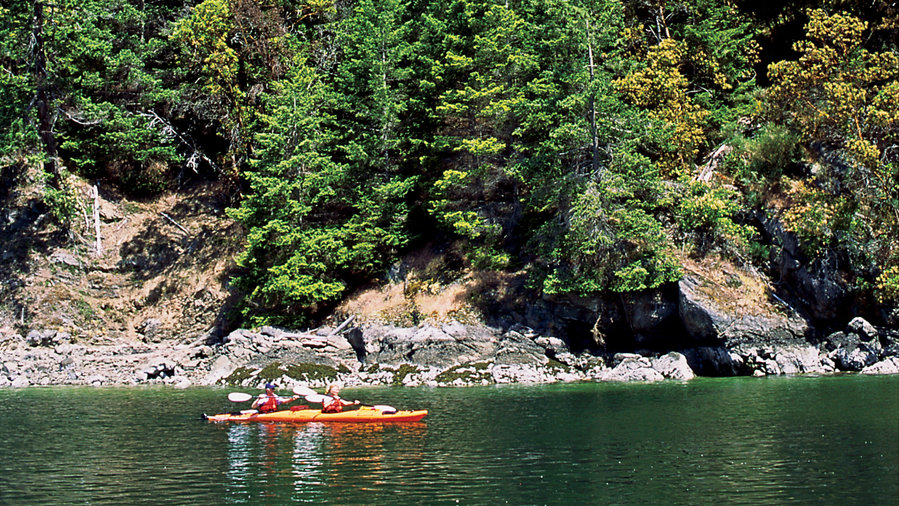 Paddle through North and South Pender Island, BC