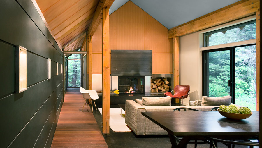 Indoor Outdoor Cabin: Living Room