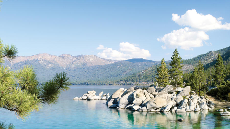 Best lake vacation Lake Tahoe bright blue water