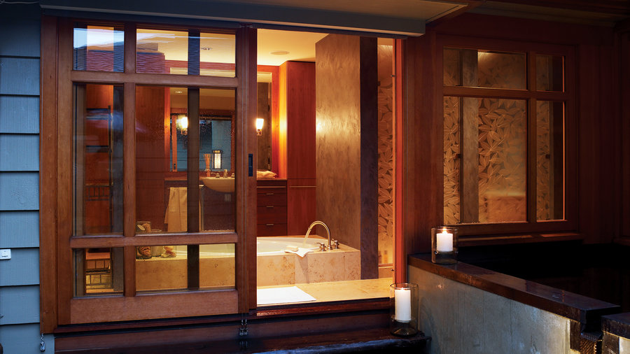 3 Soothing Spa Bathrooms