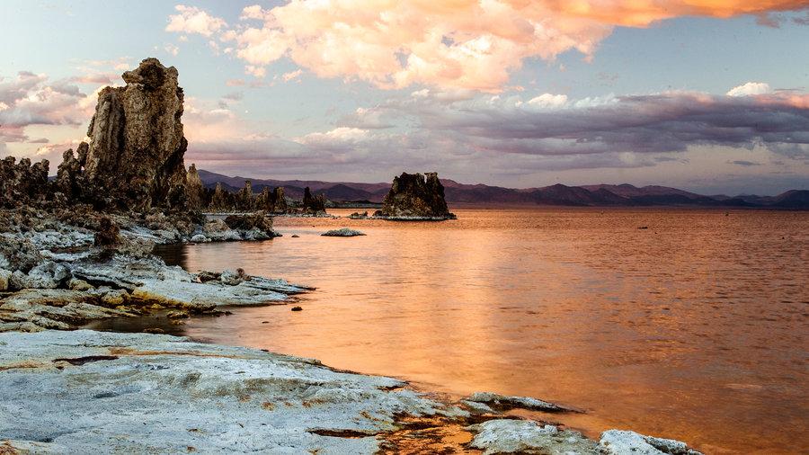 Mono Lake in the California Sierra Nevada
