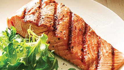 Grilled Salmon+Pinot Noir