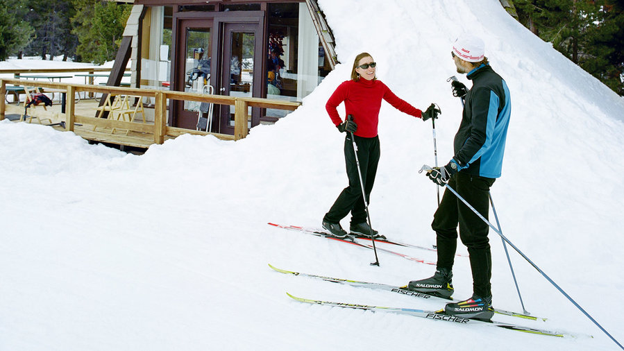 Bear Valley skiers