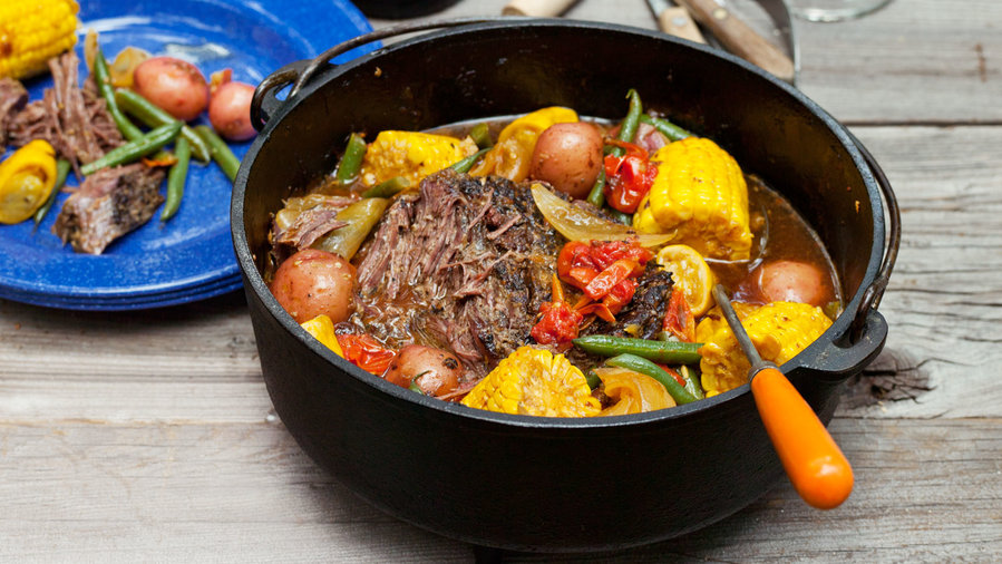Rosemary: Dutch Oven–Braised Beef and Summer Vegetables (0413)