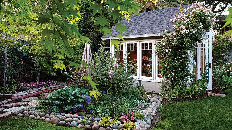 7 favorite garden cottages sheds sunset magazine for Garden getaway designs