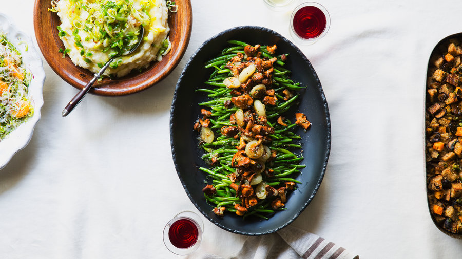 Green Beans with Chanterelles and Cipollini (1114)