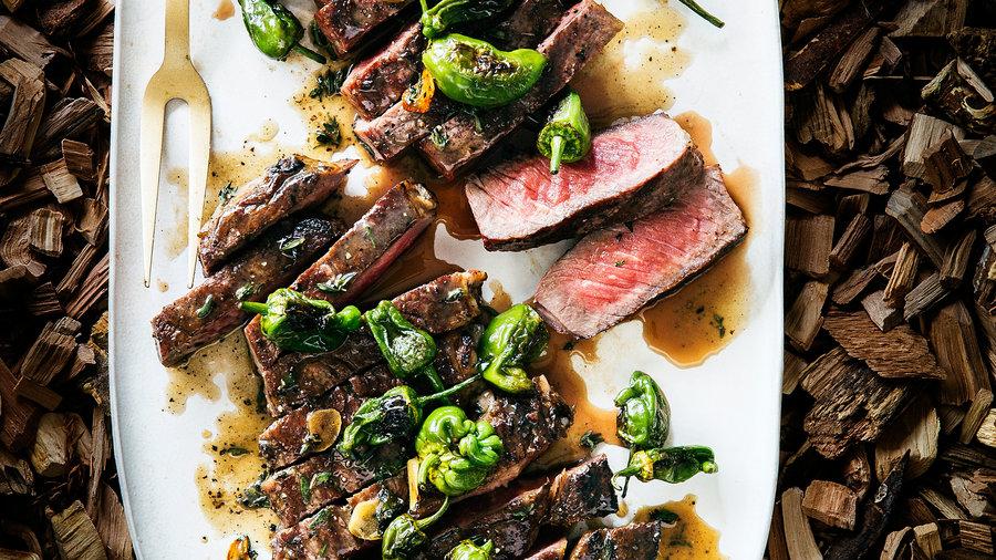 28 Grilled Steaks, Ribs & Chops