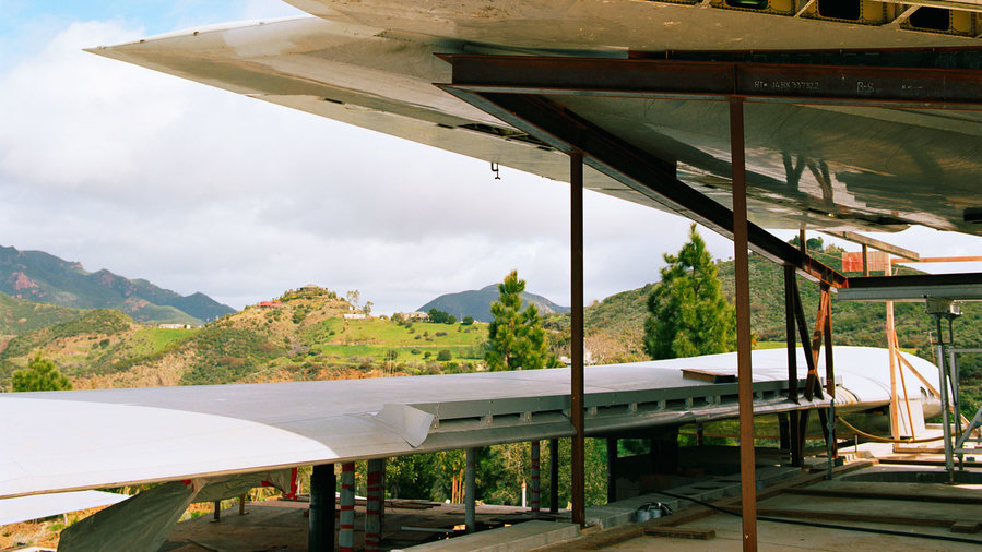 Home In An Recycled Airplane