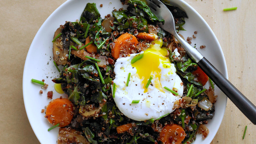 GF breakfast: Red Quinoa Bowl with Swiss Chard and Poached Egg (0115)