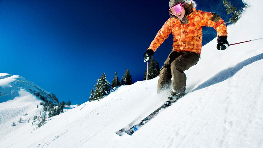 18 Reasons to Try Skiing This Season