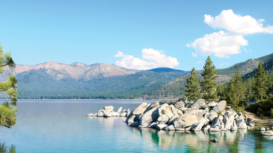 Sparkling scenery at Lake Tahoe