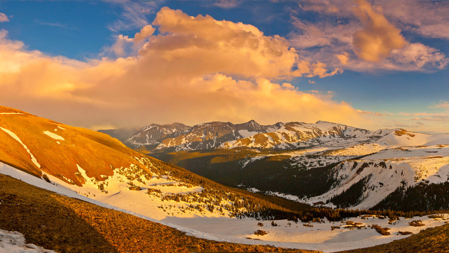 The Trail Ridge Road drive in Rocky Mountain National Park