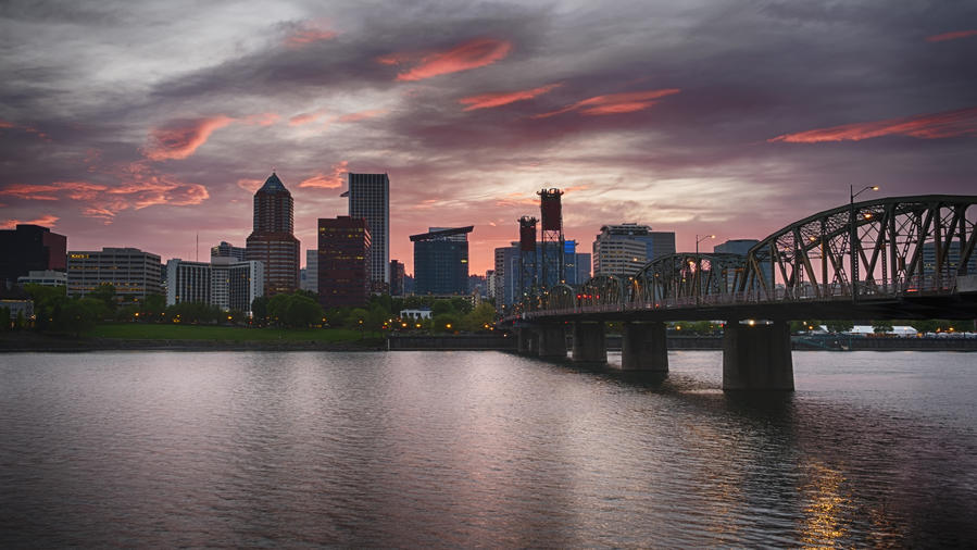 30th birthday trip ideas in Portland, Oregon skyline