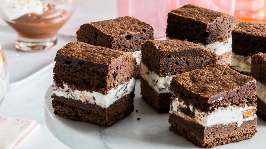 Moose Tracks Brownie Ice Cream Sandwiches