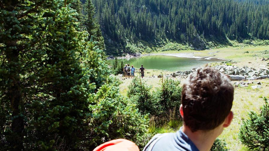 Hiking at Williams Lake