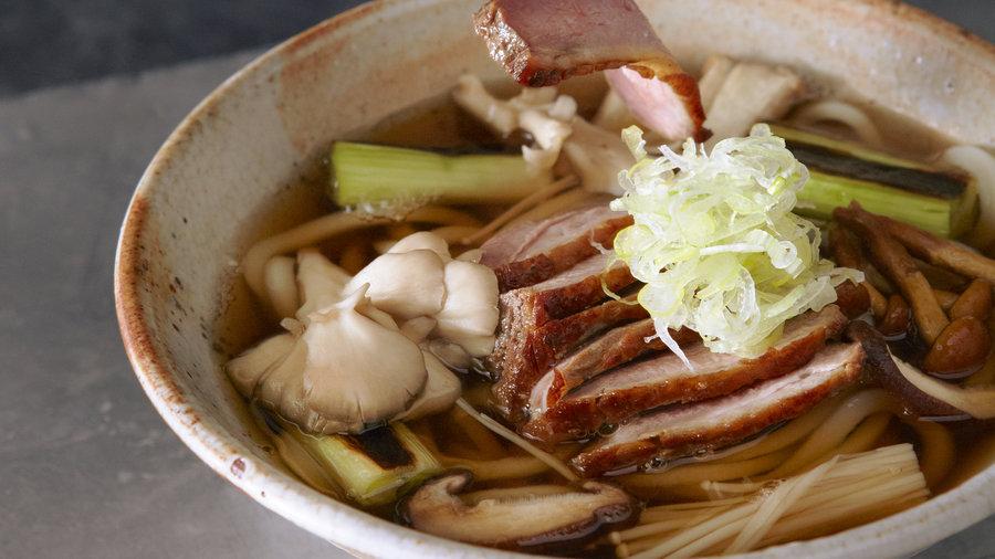 Roast Duck and Mushroom Udon (Kamo Kinoko Udon)