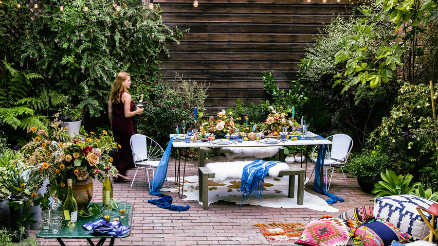 Stunning Floral Decor for Your Next Outdoor Party