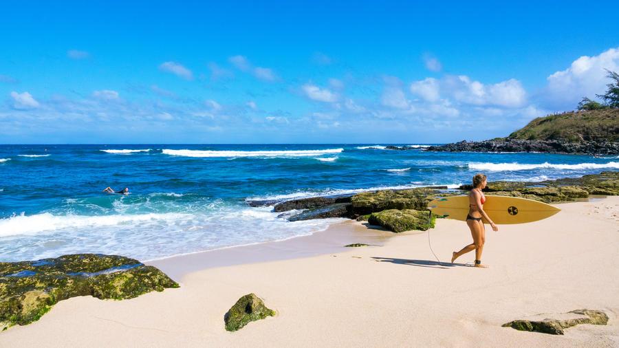 8a2ef3e644 A Perfect Day in Pa'ia, Maui's Best Surf Town - Sunset Magazine