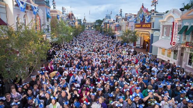 Thousands of Disney fans lined Main Street, U.S.A., for the Disneyland Resort's 24-hour party on Memorial Day weekend, the official launch of Disneyland's 60th anniversary Diamond Celebration. Photo: Paul Hiffmeyer/Disneyland
