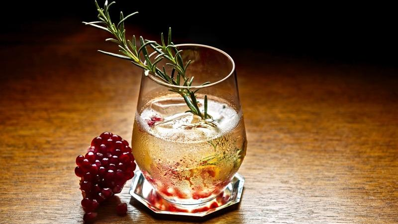 5 Sonoma Cocktails to Try This Holiday Season