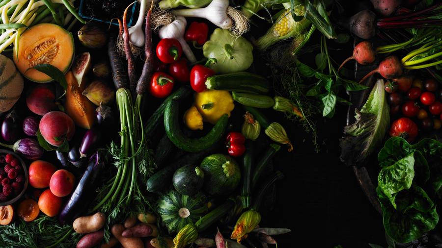 Photo: Iain Bagwell Food: Robyn Valarik Props: Emma Start Jensen