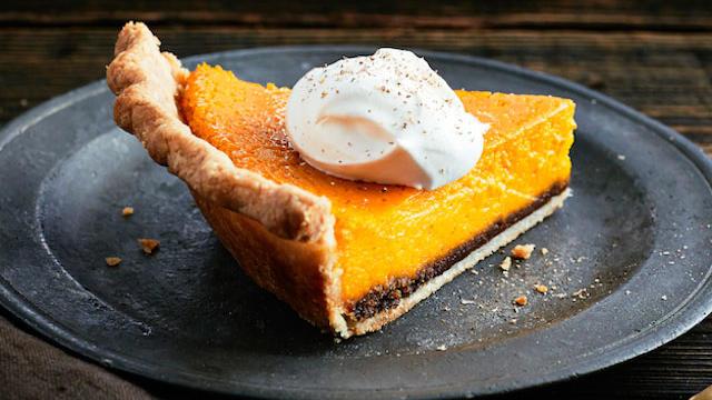 Kabocha Squash Crème Fraîche Pie (Photography by Iain Bagwell)