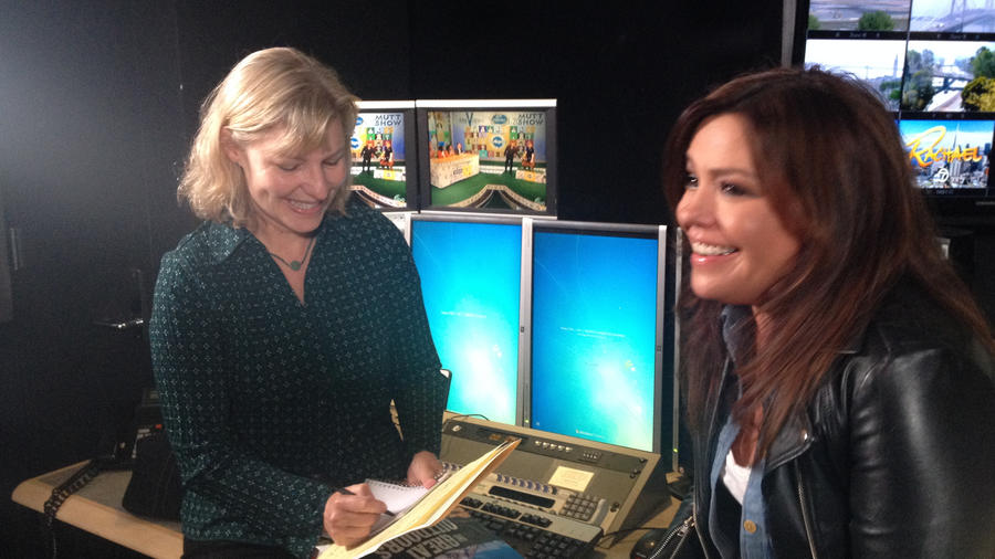 Margo True, Sunset Food Editor, interviewing Rachael Ray in San Francisco.