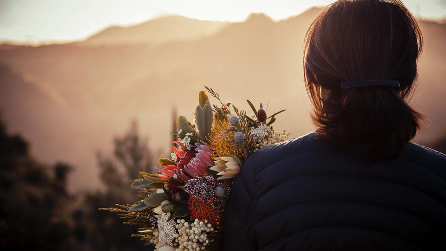7 water-wise floral arranging hacks