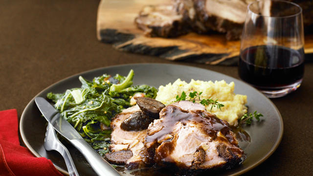 Pork Shoulder Roast with Figs and Garlic (Photo by Iain Bagwell)