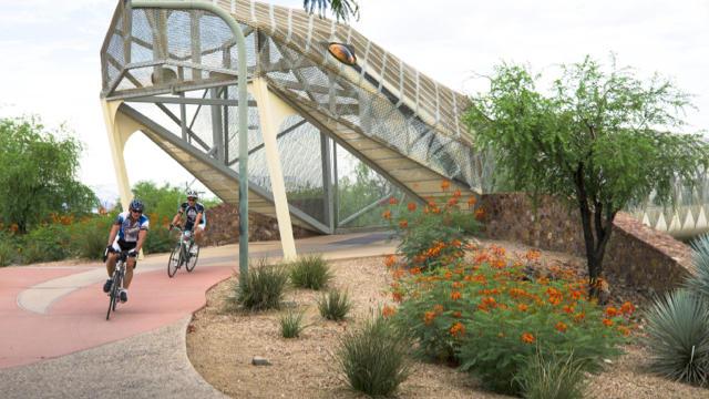 Cyclists pedal the new Diamondback Bridge. (Chris Hinkle / Sunset Publishing)