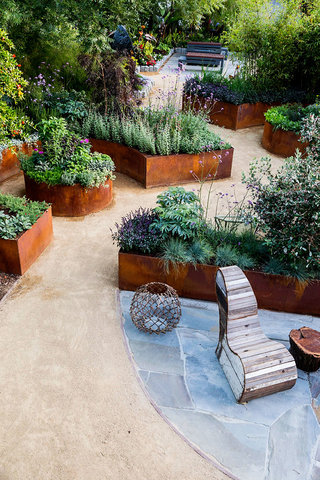 Edible Landscaping Ideas for Front Yard - Sunset - Sunset ... on Large Backyard Garden Ideas id=15218