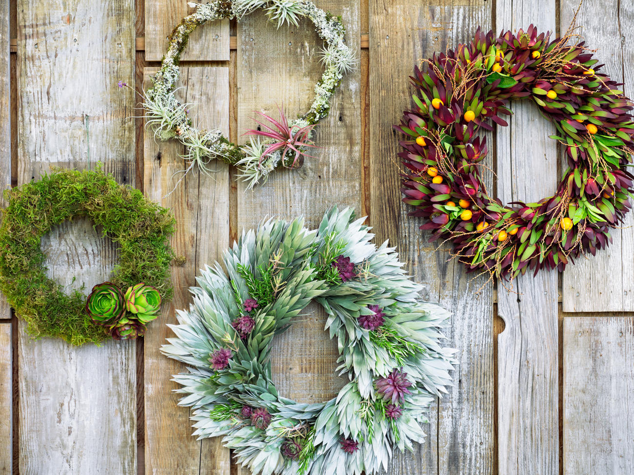 Christmas Wreath Ideas.Christmas Decorating Guide Sunset Sunset Magazine