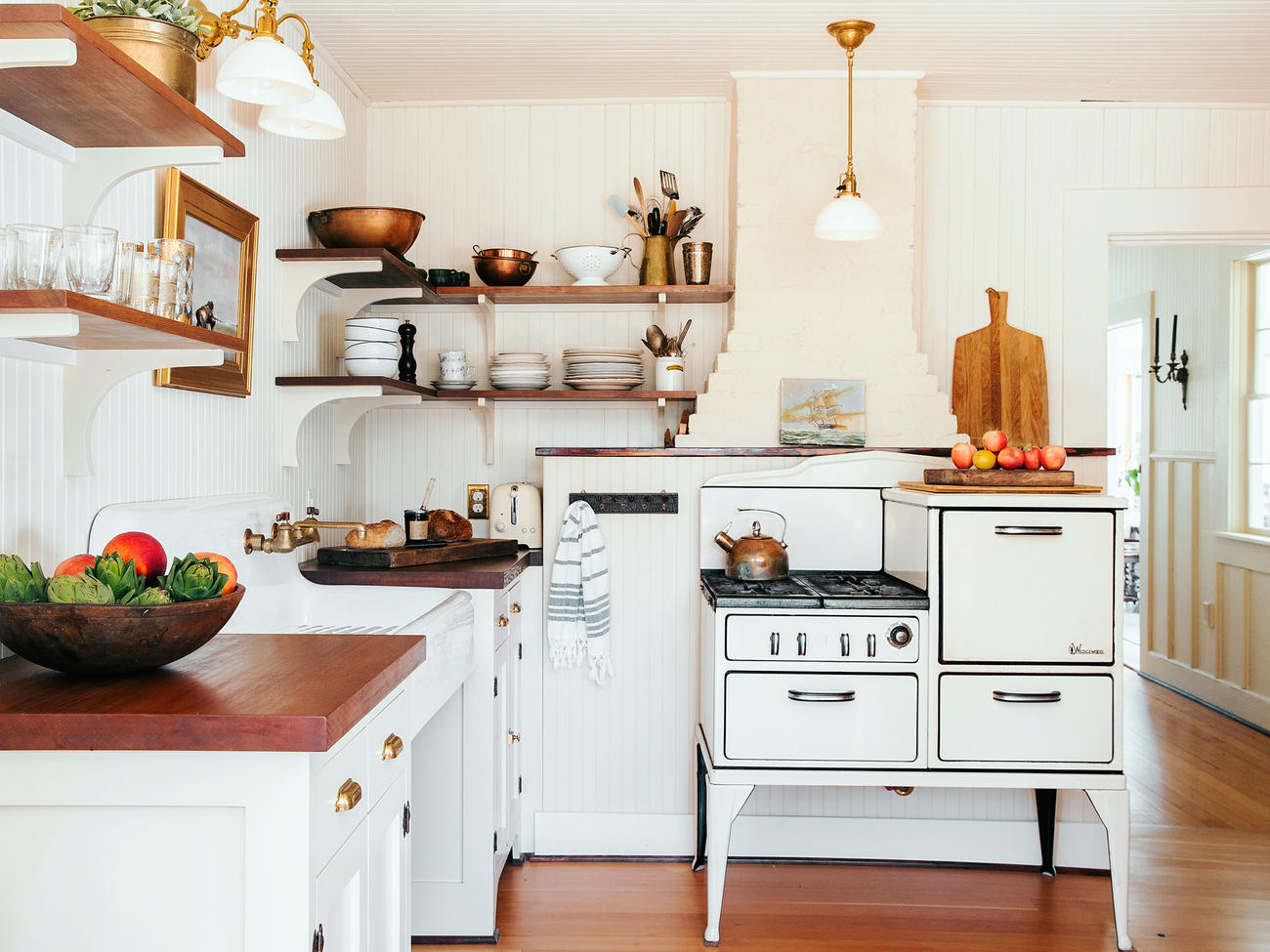10 Ways to Do Farmhouse Chic