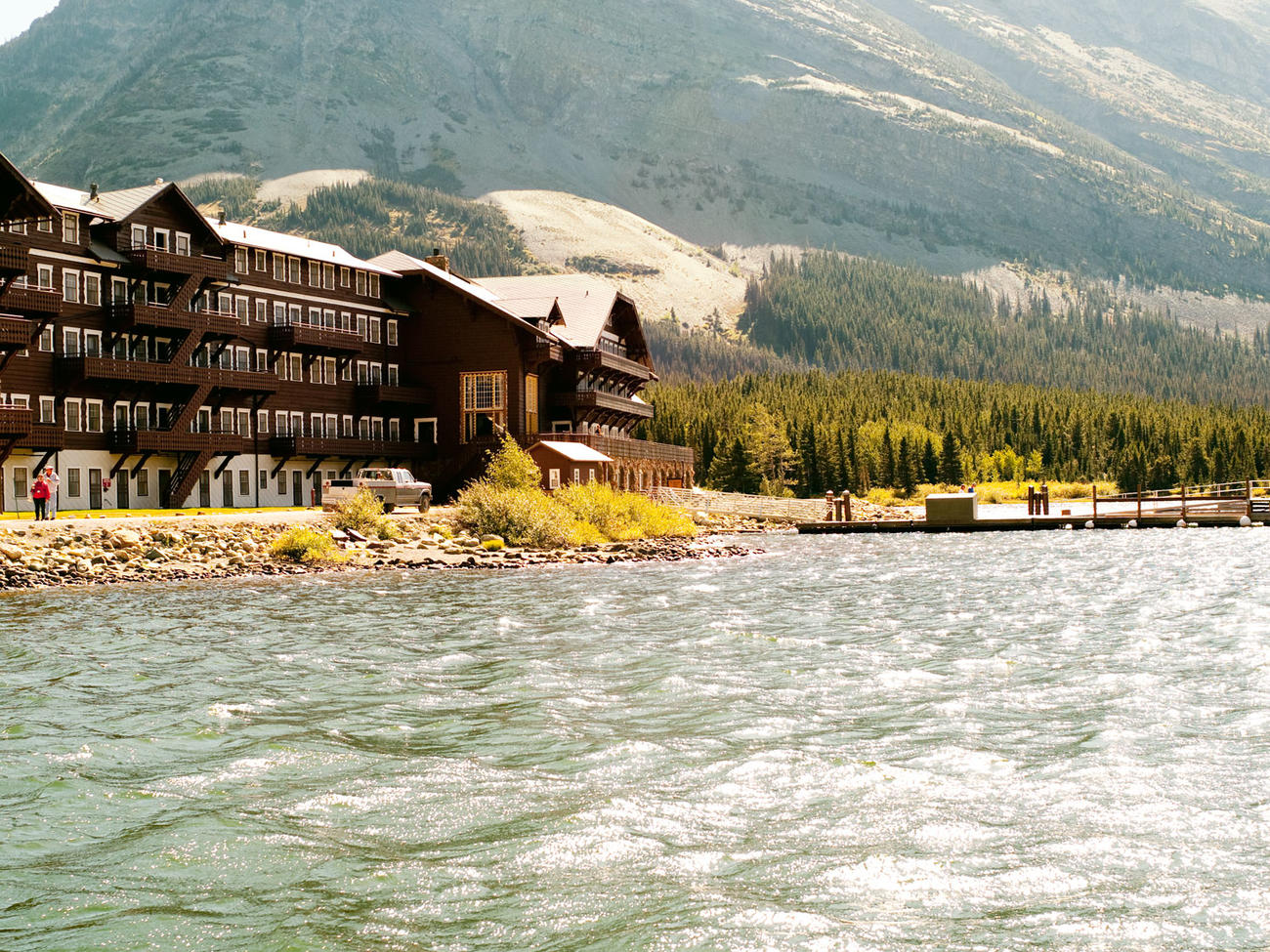 Where to Stay and Dine in Glacier