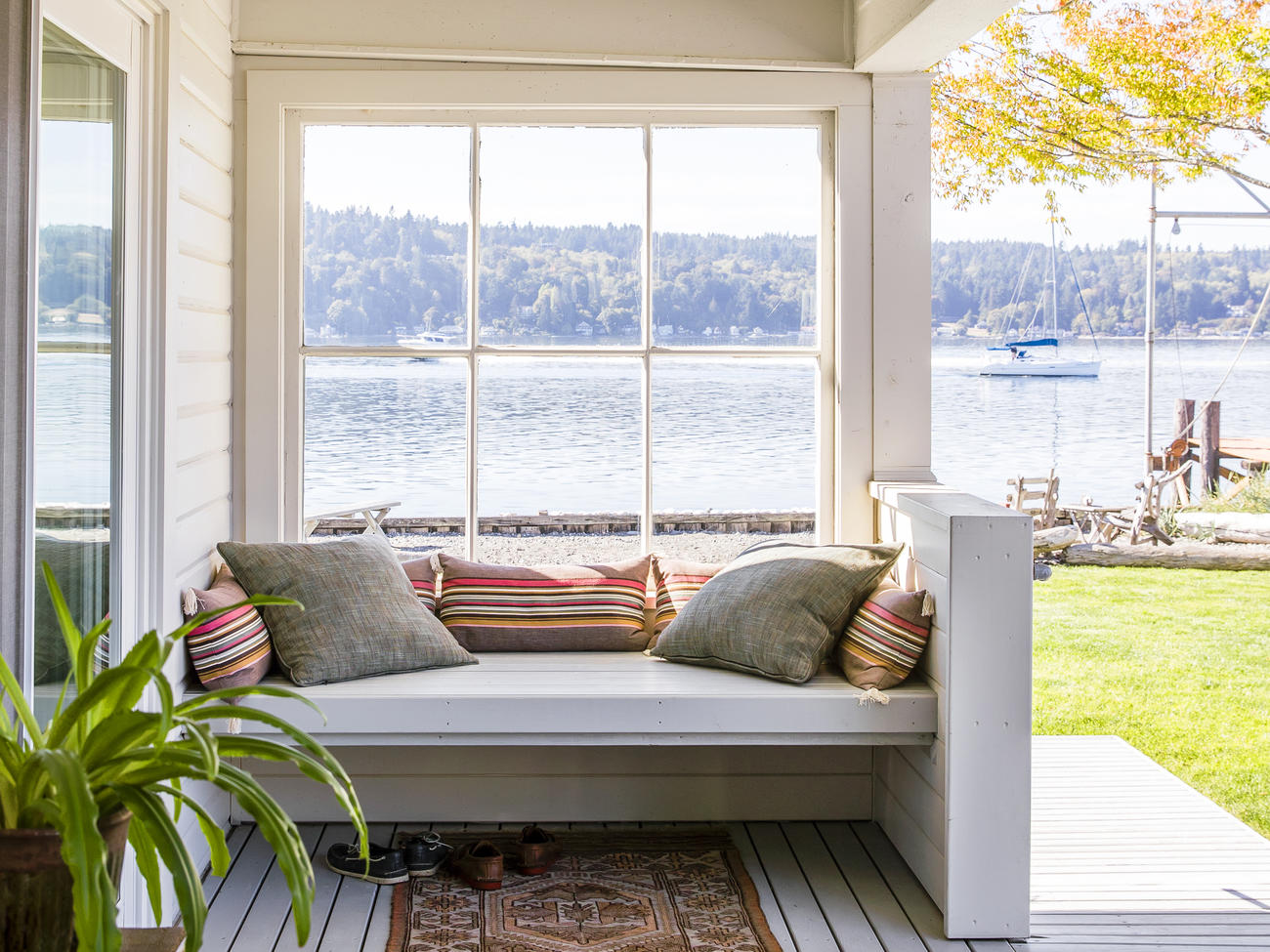 10 Cottage-Style Decorating Ideas