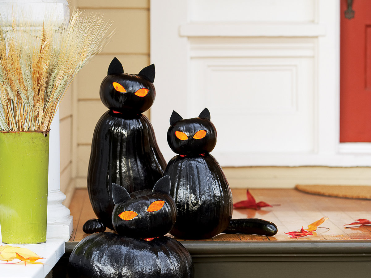 Make Black Cat O\'Lanterns - Sunset Magazine