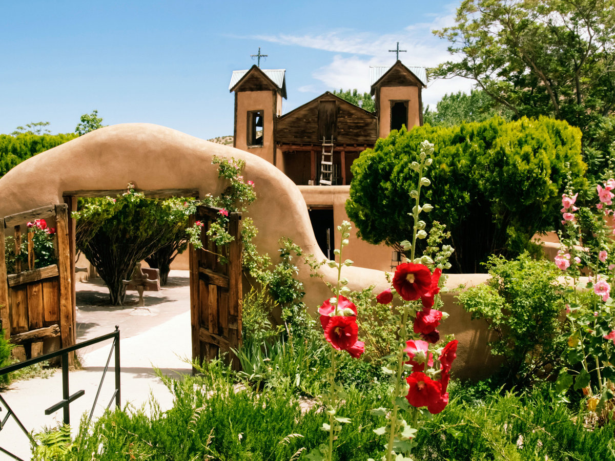 New mexico road trip haute route sunset magazine for Country living magazine customer service