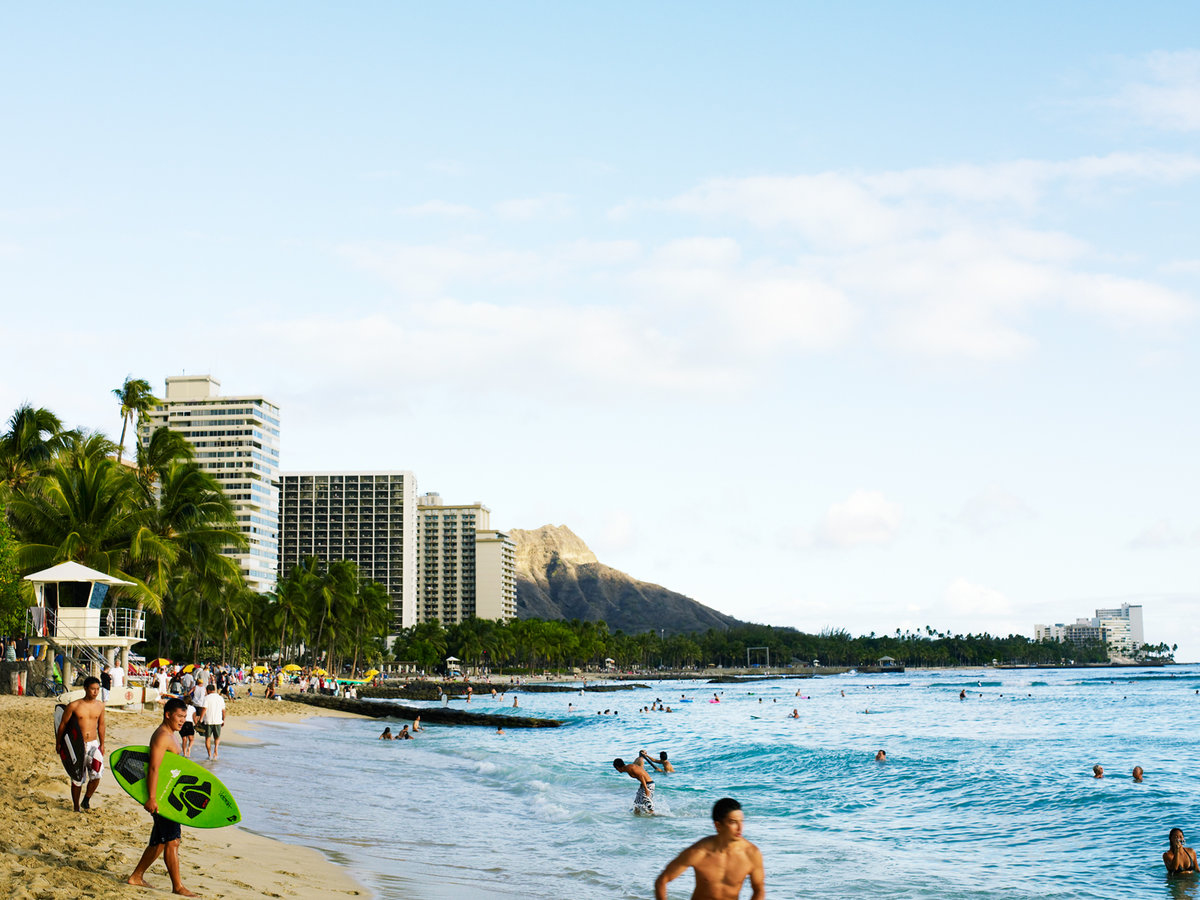 b24e6745f68090 Local s Guide to Honolulu   Oahu - Sunset Magazine