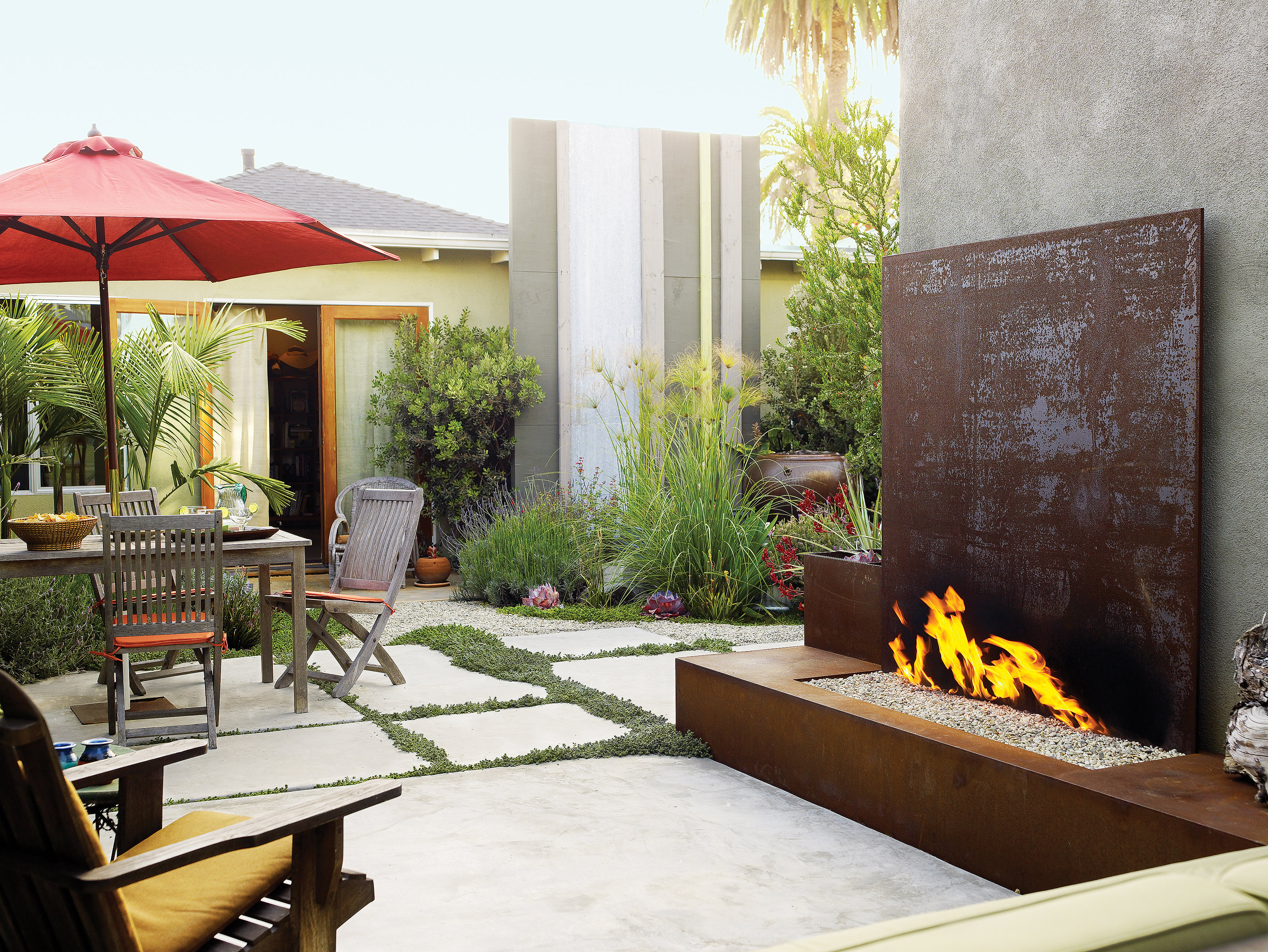 landscaping ideas with stone sunset magazine rh sunset com