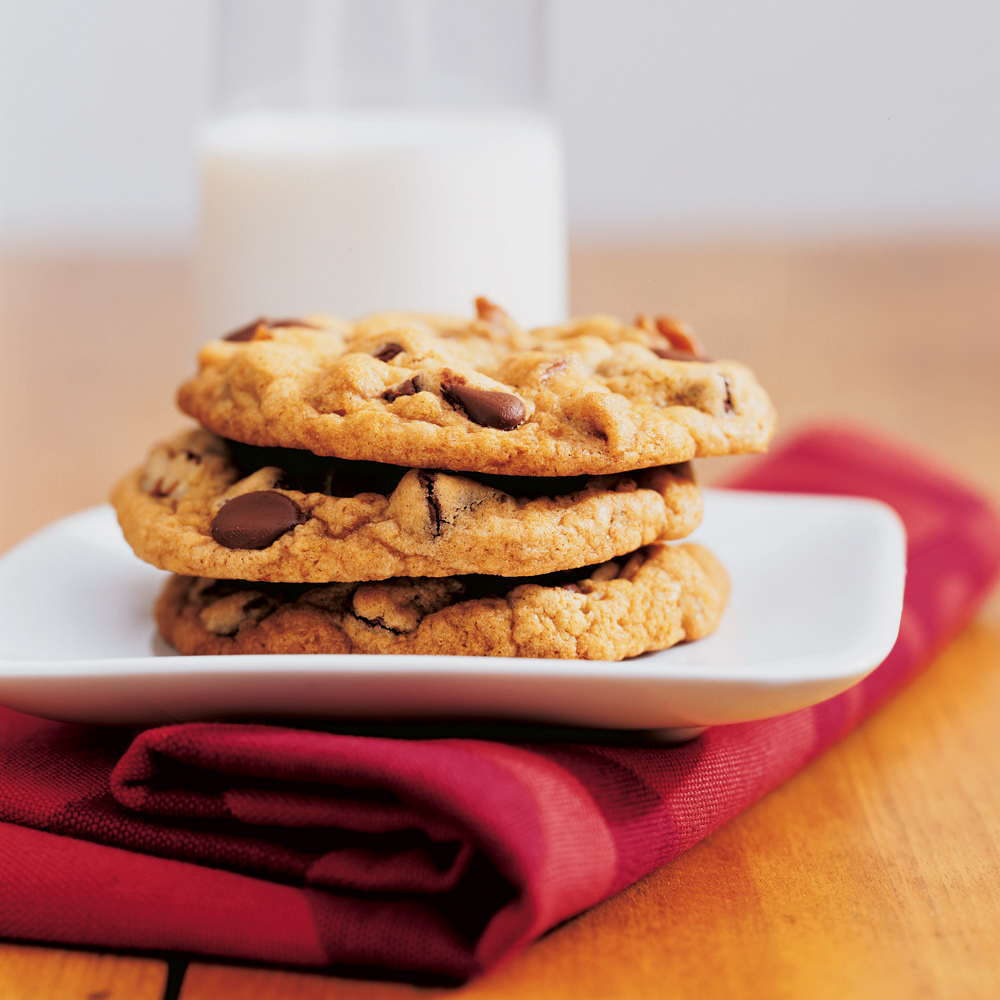 Thick Chewy Chocolate Chip Cookies