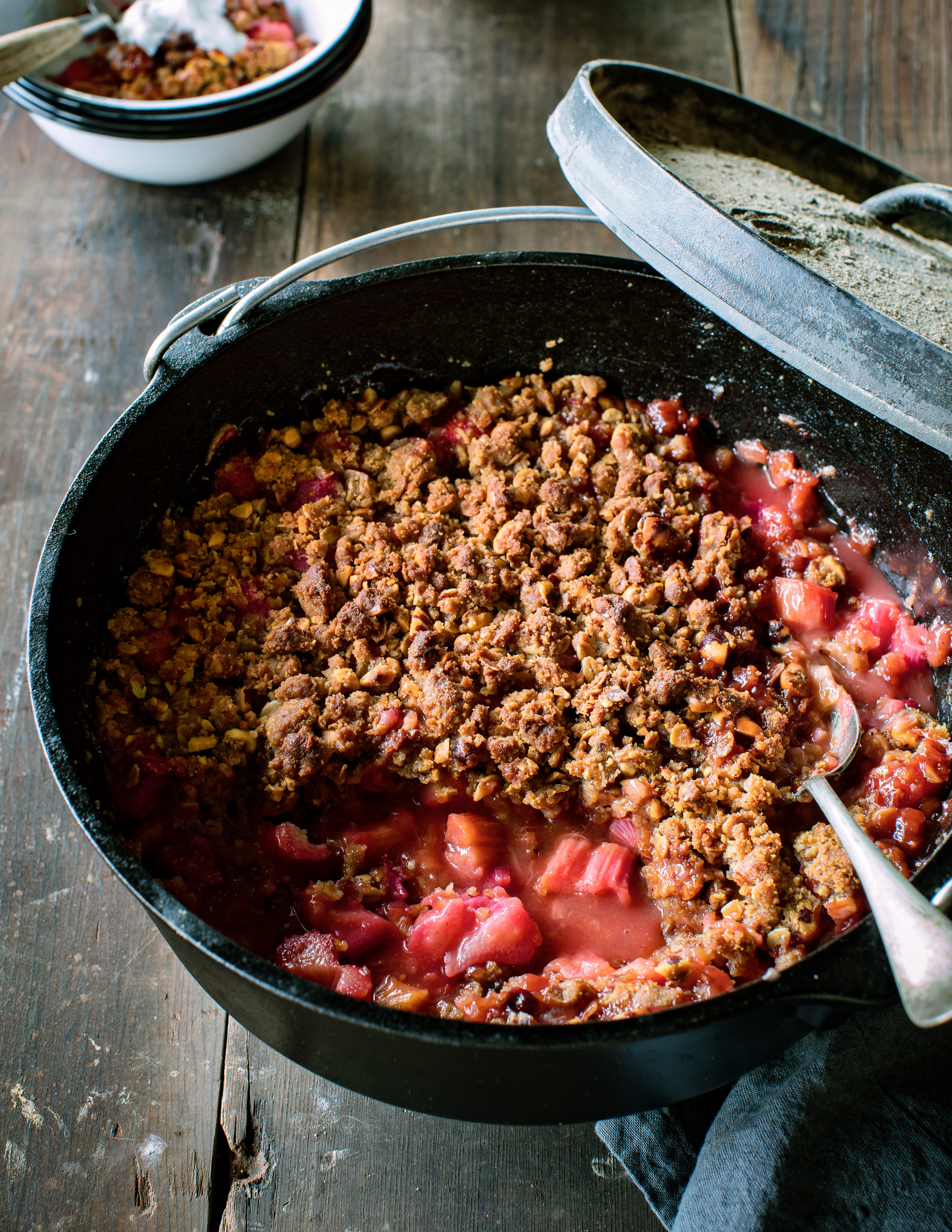 Dutch Oven Rhubarb and Hazelnut Crumble