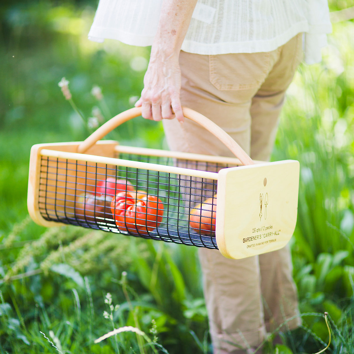 These 12 Mother's Day Gifts Are Ideal for Gardening Moms