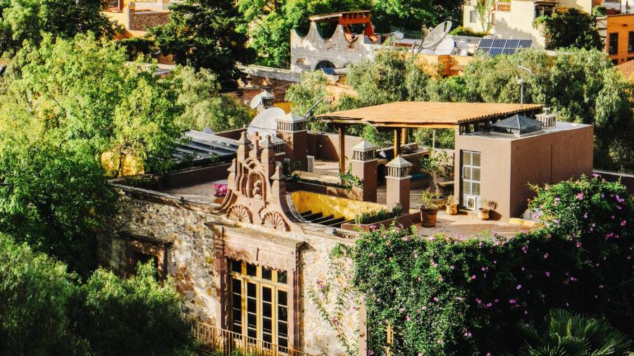 For the Architecture Enthusiast: San Miguel de Allende