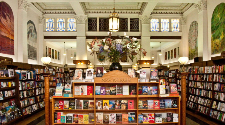 Munro's Books, Victoria, B.C.