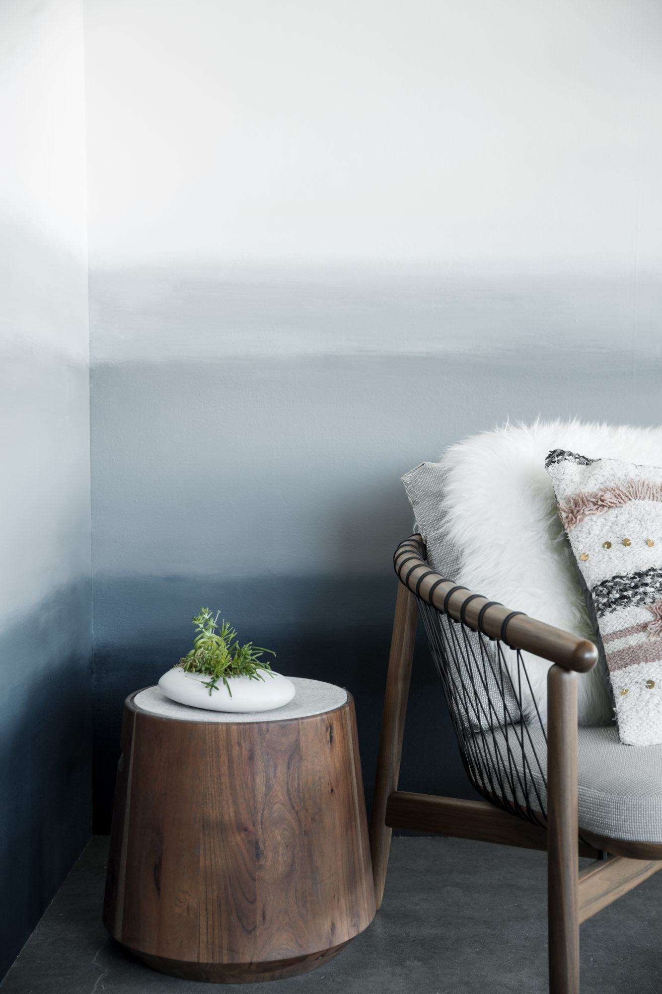 How To Paint An Ombré Wall