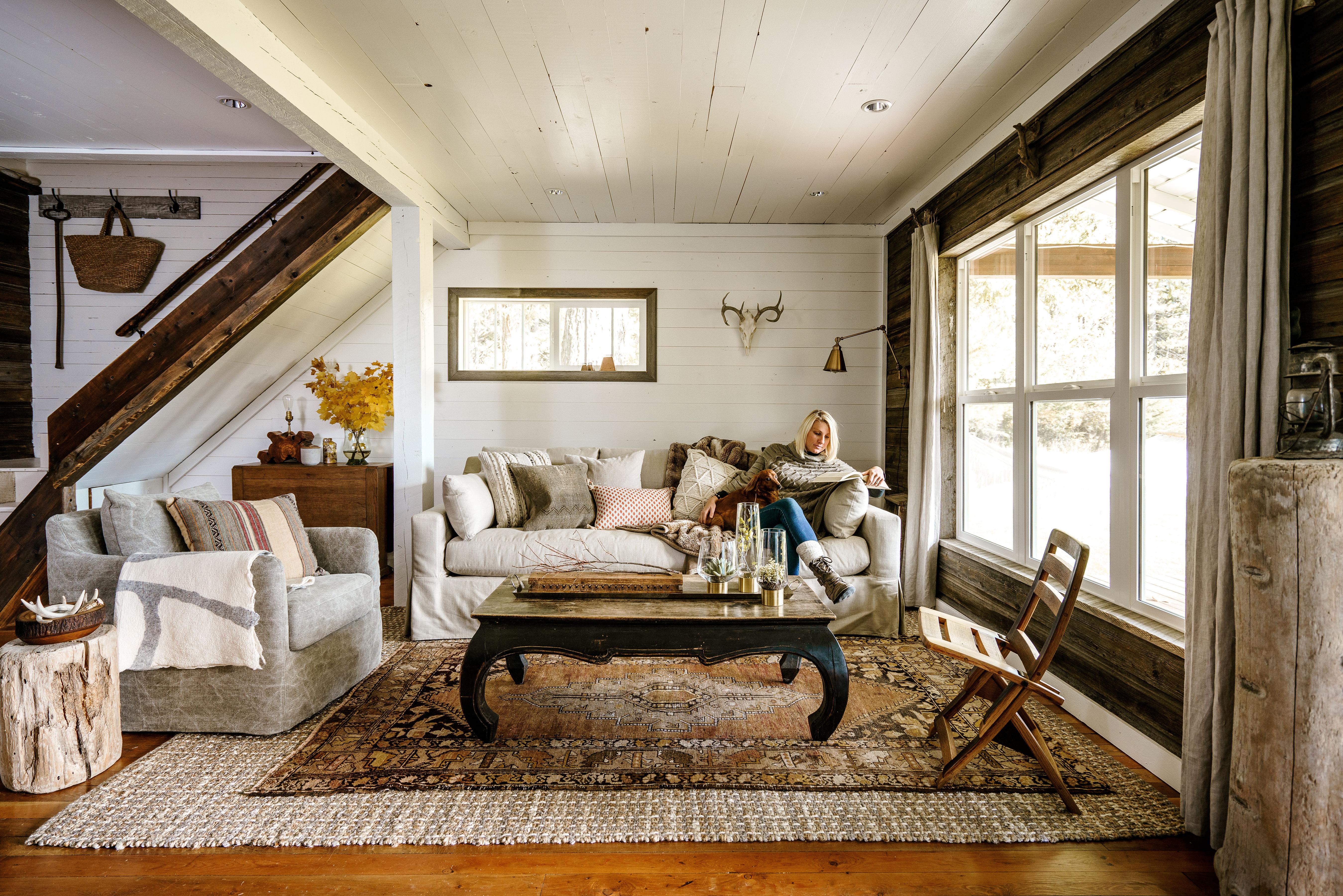 Inside a Fixer-Upper's Farmhouse-Style DIY Makeover
